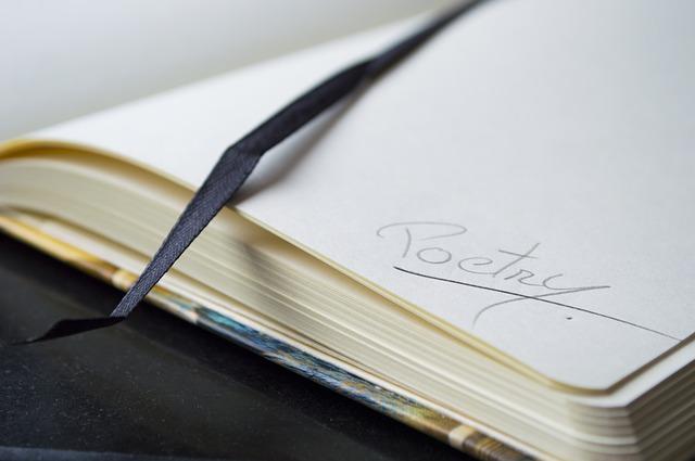 Pengertian Puisi Menurut Para Ahli, Jenis, Ciri dan Struktur Puisi.