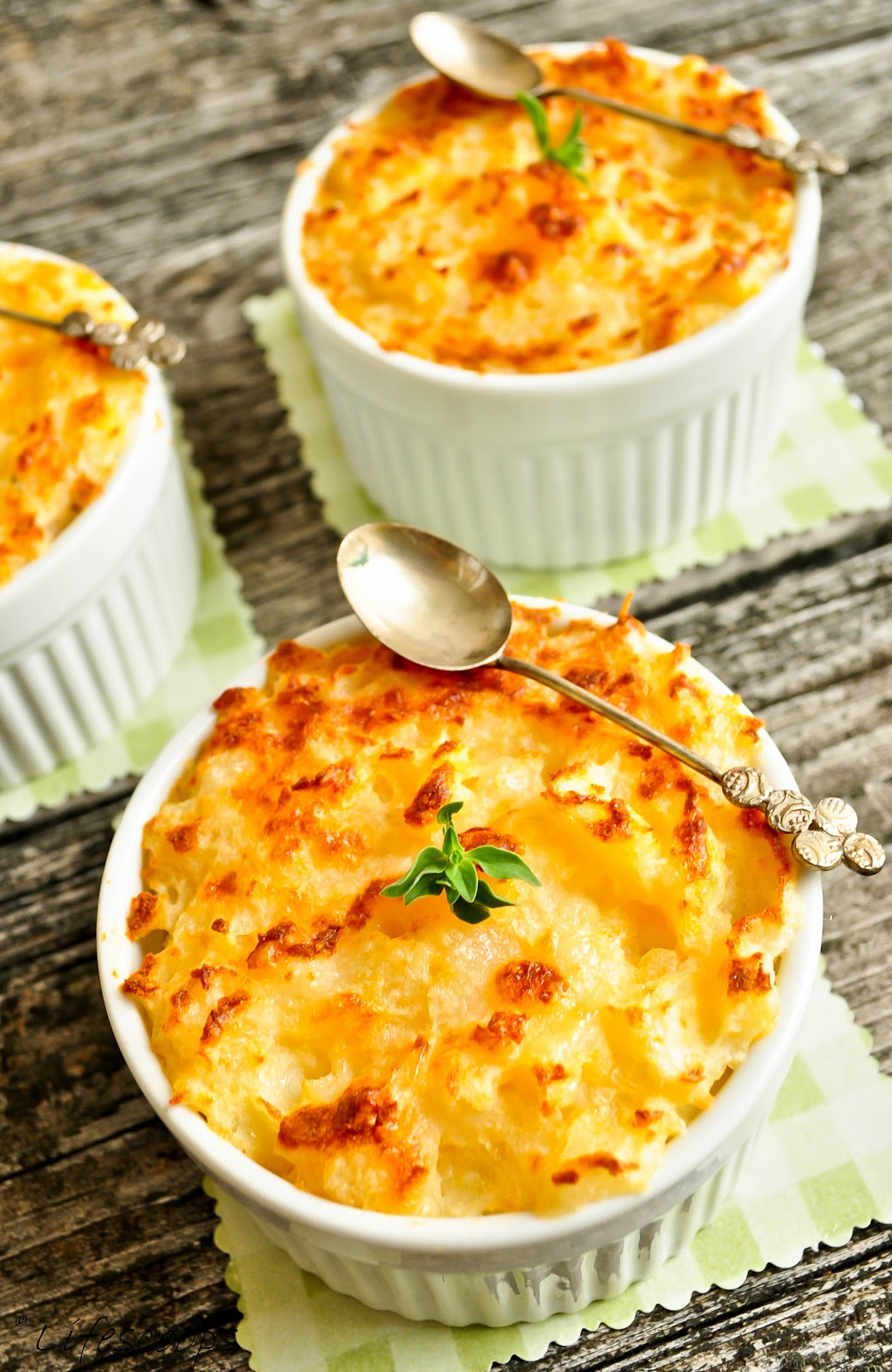 Life Scoops: Shepherd's Pie with Ginger and Green Chilly  Life Scoops: Sh...