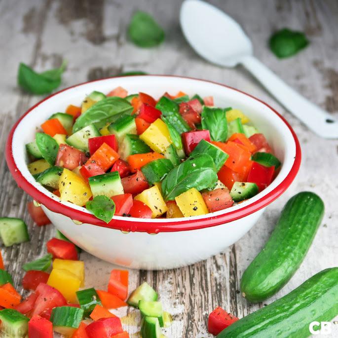 Recept Blokjessalade van komkommer, paprika en tomaat