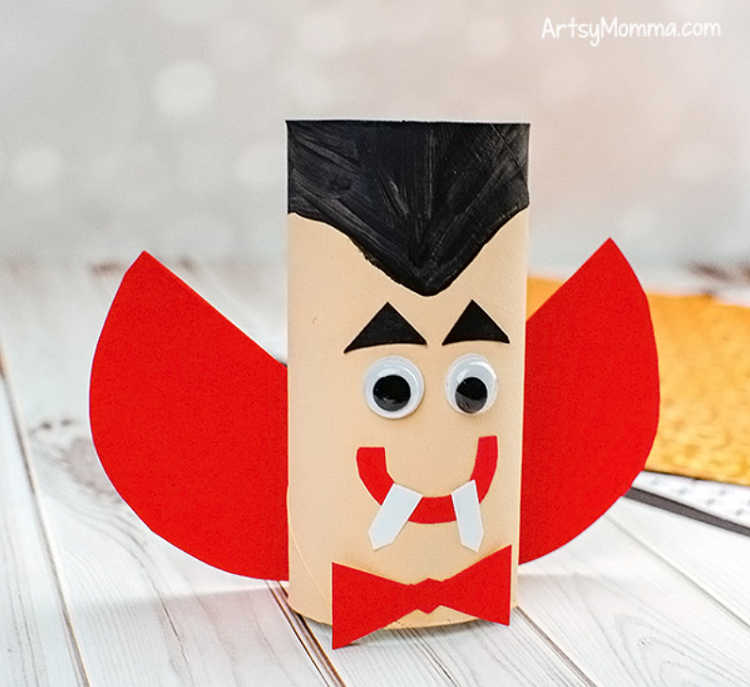 vampire dracula made from paper tube