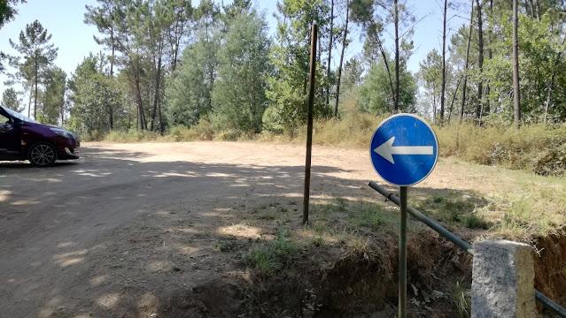 Parque de estacionamento do Cavadinho