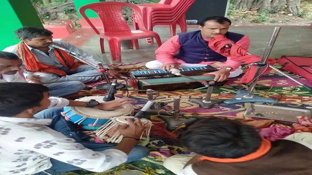"""जय सीता राम सीता राम सीता राम जय सीता राम  "" मंत्रोच्चार से गूंज उठा महावीर मंदिर स्थान मोहना झंझारपुर"
