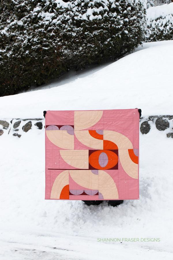 Baby Cloud Surfing quilt in the Wild | Modern Quilt Pattern | Shannon Fraser Designs #modernquiltpattern #quiltingcurves #babyquilt
