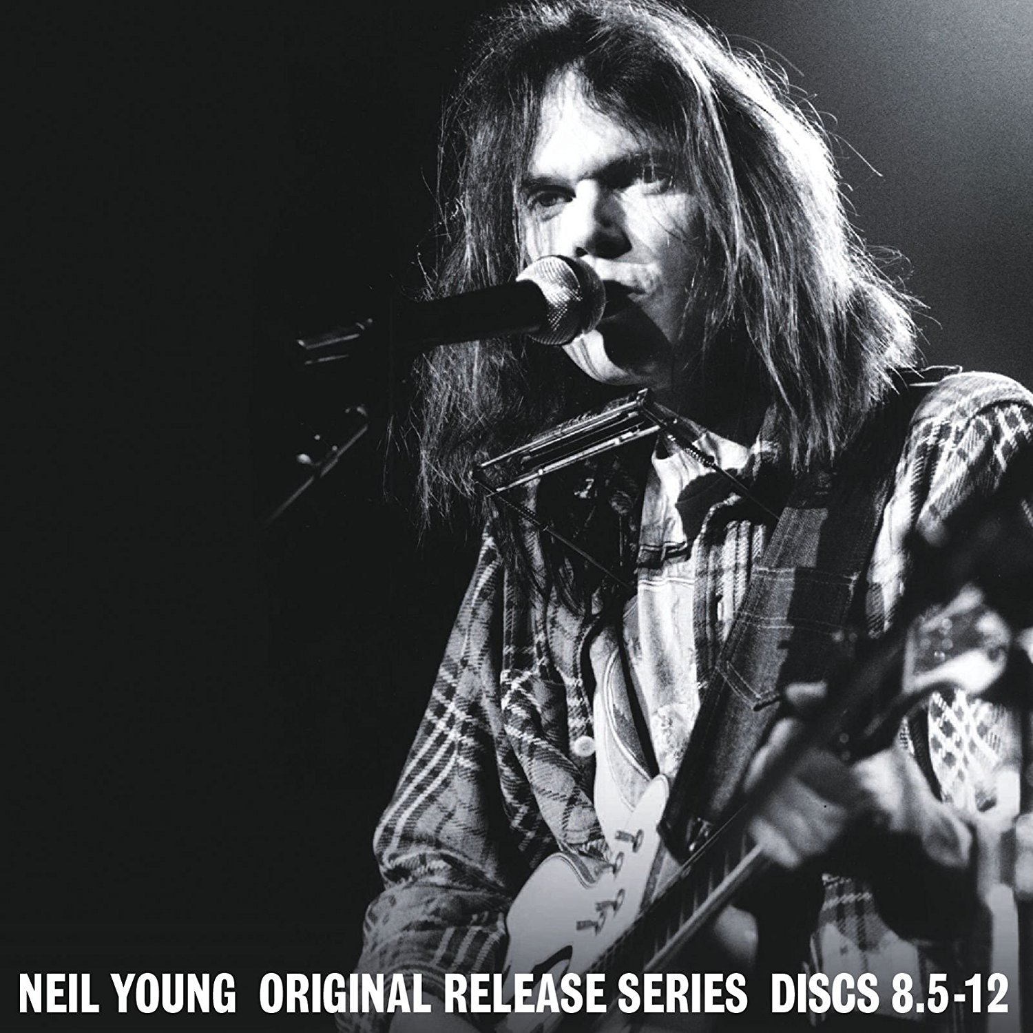 that devil music neil young revisits the 70s with official release series. Black Bedroom Furniture Sets. Home Design Ideas
