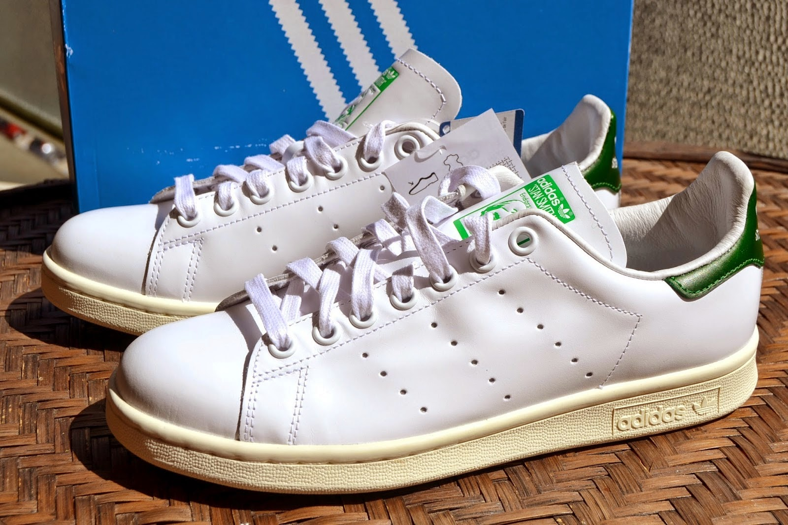 http://www.syriouslyinfashion.com/2015/04/adidas-stan-smith-sneakers.html