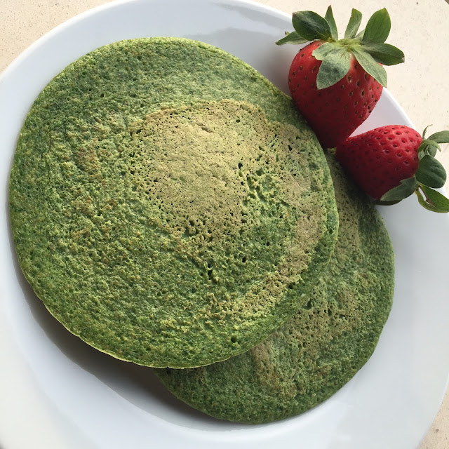 Spinach pancake, panqueca de espinaca, think green, healthy, saludable, breakfast