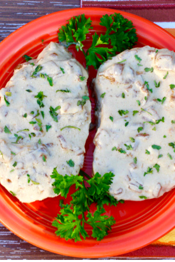 SLOW COOKER FRENCH ONION PORK CHOPS