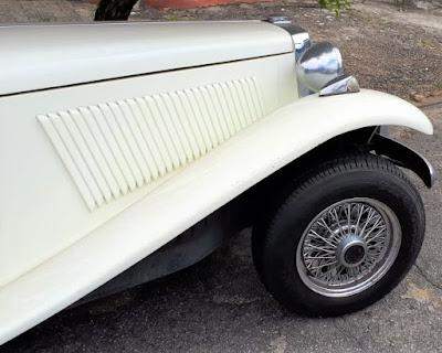 No final da década de 1980 a Lafer equipava seus carros com rodas de calotas raiadas.