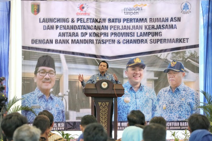 Gubernur Ridho Tandatangani Prasasti Pembangunan Perumahan bagi 4.291 PNS di Atas Lahan 100 Hektare di Kota Baru