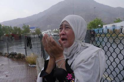 Alhamdulillah, Hujan Turun Deras di Arafah