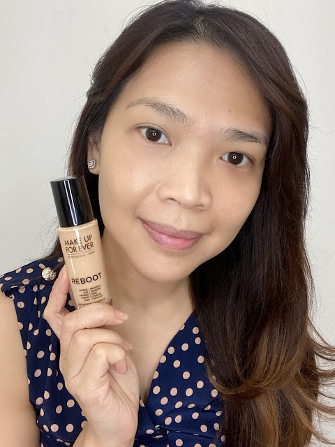 Make Up For Ever Reboot Foundation and Light Velvet Air Review