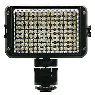 Đèn LED chiếu sáng nhập khẩu