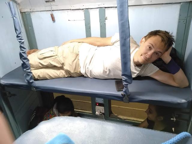 pociąg w Indiach,Indie, pociąg