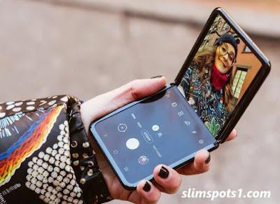 سعر ومواصفات هاتف Samsung Galaxy Z Flip الجديد الفريد من نوعه