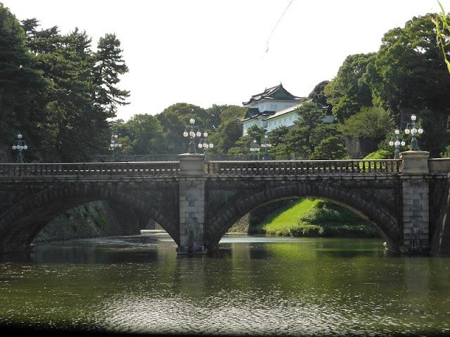 Nijubashi Bridge en los jardines del Palacio Imperial de Tokio