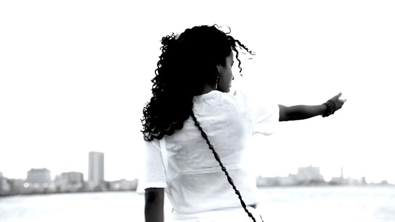 Danay Suárez - ¨Yo Aprendí¨ - Videoclip - Dirección: Wilberg H. Monterde. Portal Del Vídeo Clip Cubano - 08