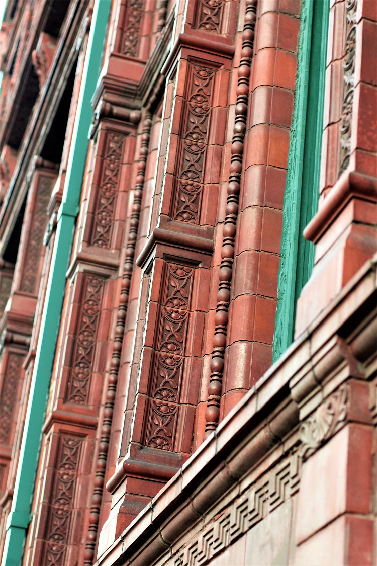 Red brick building, Manchester - UK travel & lifestyle blog