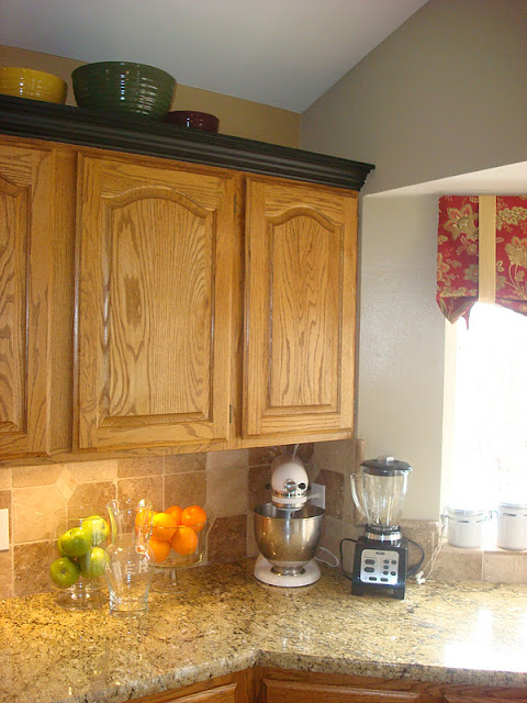 Imaginecozy Staging A Kitchen: ImagineCozy: Freshen Up The Kitchen With Fabric