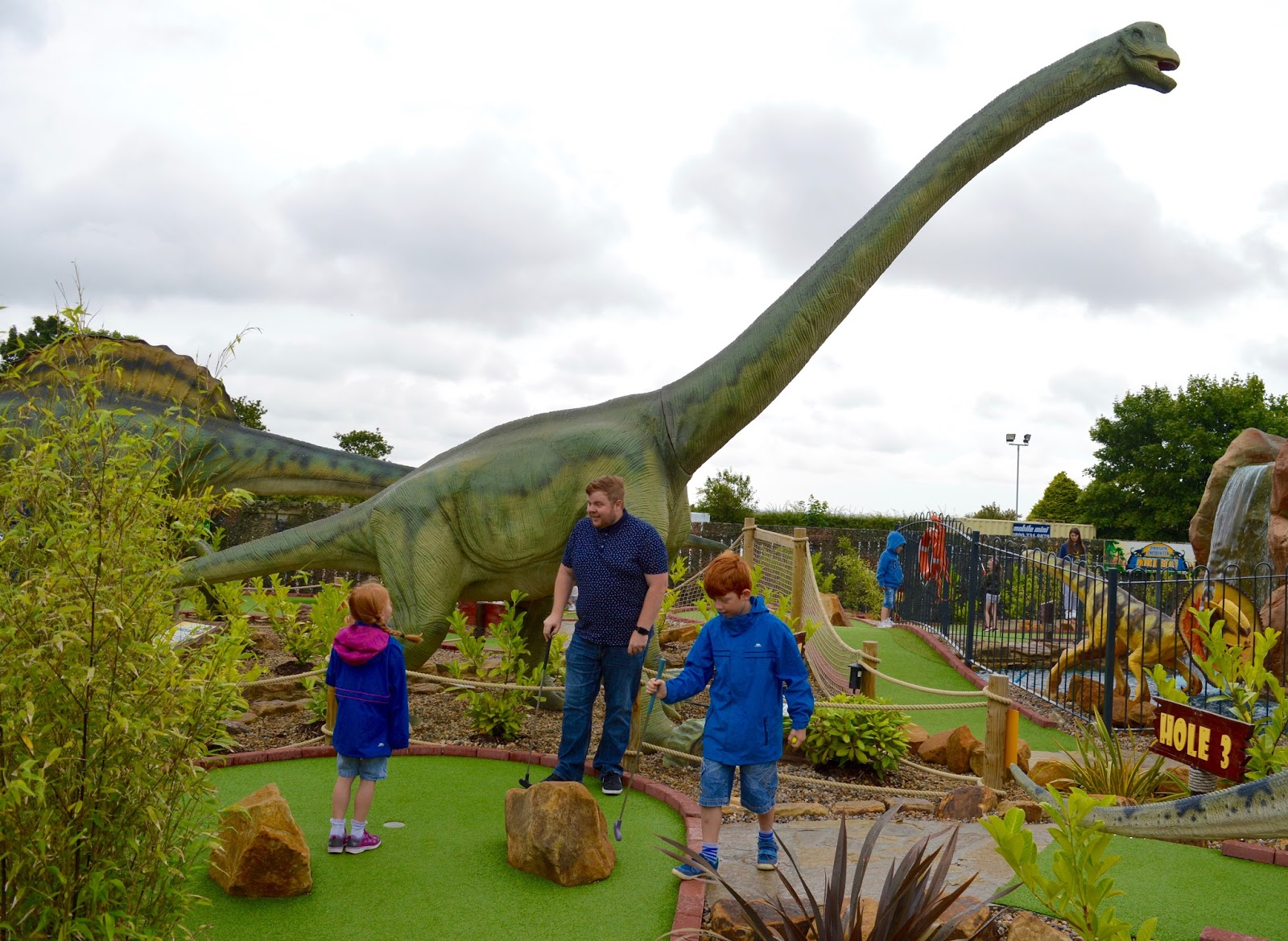 20+ UK Days Out for Kids who Love Dinosaurs   - Dinosaur Golf Heighley Gate