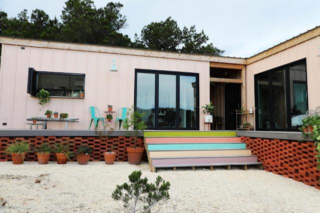 บ้านสร้างจากตู้คอนเทนเนอร์