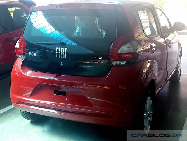 Novo Fiat Mobi 2017 - traseira