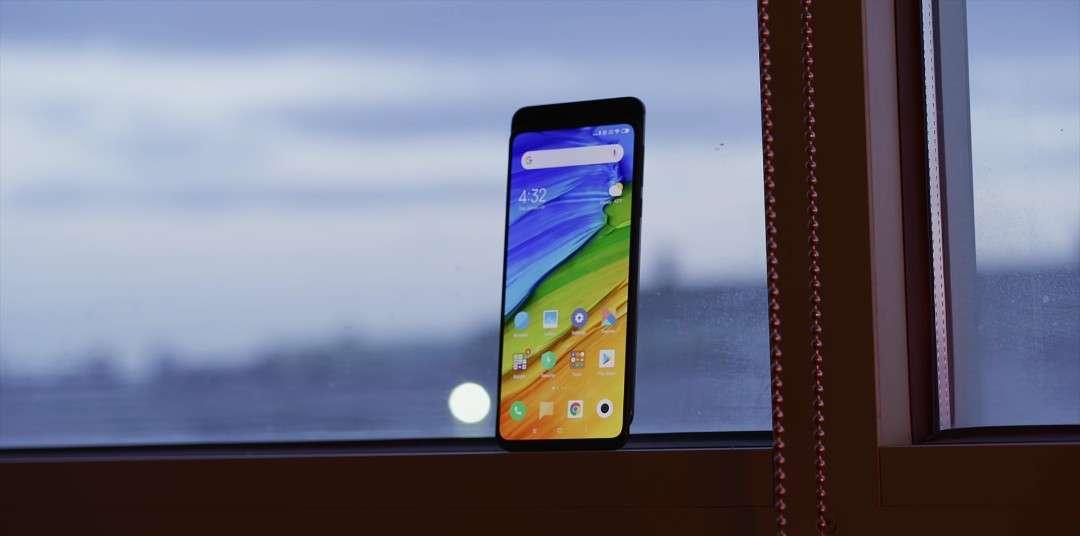 Xiaomi Mi Mix 3 immersive display