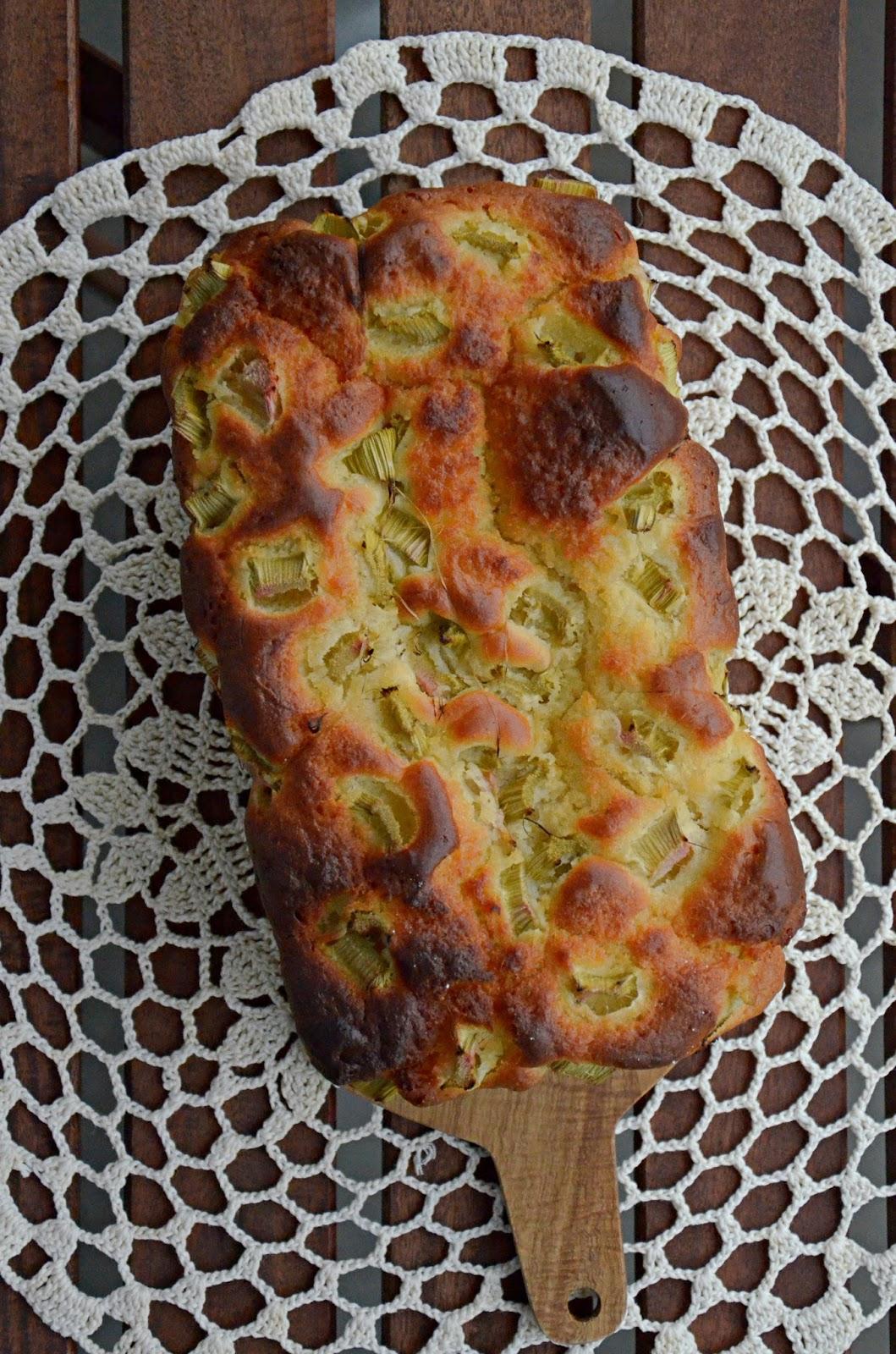 ciasto drożdżowe z rabarbarem na blogu cook yourself
