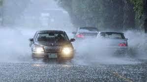 Tips Aman Berkendara Dalam Kondisi Hujan