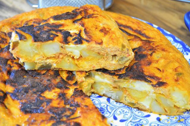 receta tortilla de pisto, recetas de tortillas, tortilla, tortilla con pisto, tortilla de patata y pisto, tortilla de patatas con pisto, tortilla de pisto, tortilla de pisto y queso, las delicias de mayte,