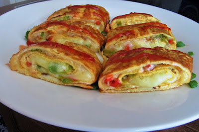 Omlet rolat sa sirom i paprikama / Perfect omelette roll with cheese and pepper