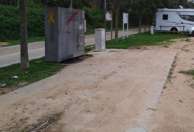 Detall de l'àrea d'autocaravanes