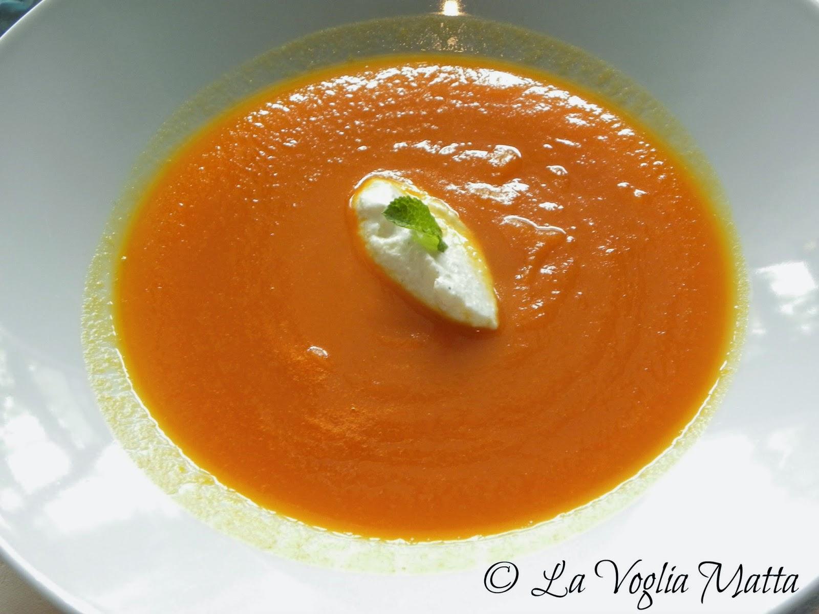 """Ristorante """" Rizi Bizi """" vellutata di carote e arancia"""