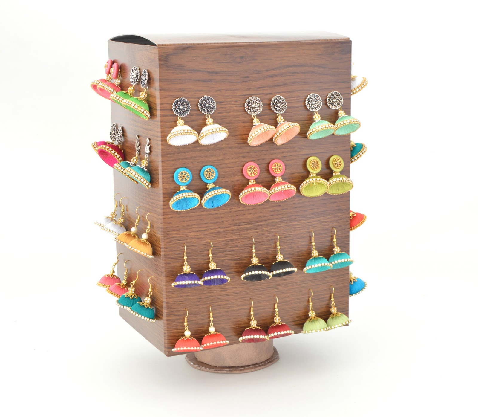 Vikalpah DIY Rotating Jewelry Storage using Cereal box