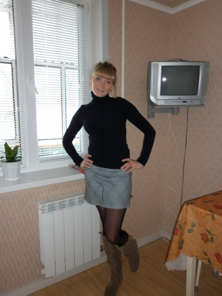 Russian girl Olga Varlashkina from Saransk with miniskirt and pantyhose