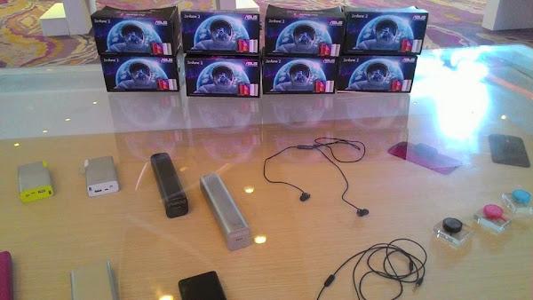 Zenfone 2 hadir dengan berbagai aksesoris mewah