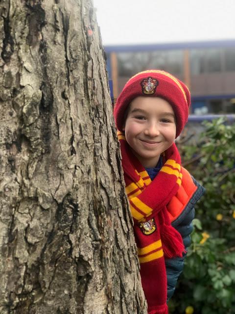 Chez Maximka, Harry Potter hat and scarf