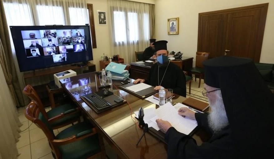 Η Ιερά Σύνοδος υιοθέτησε τα μέτρα της Κυβέρνησης για τις γιορτές