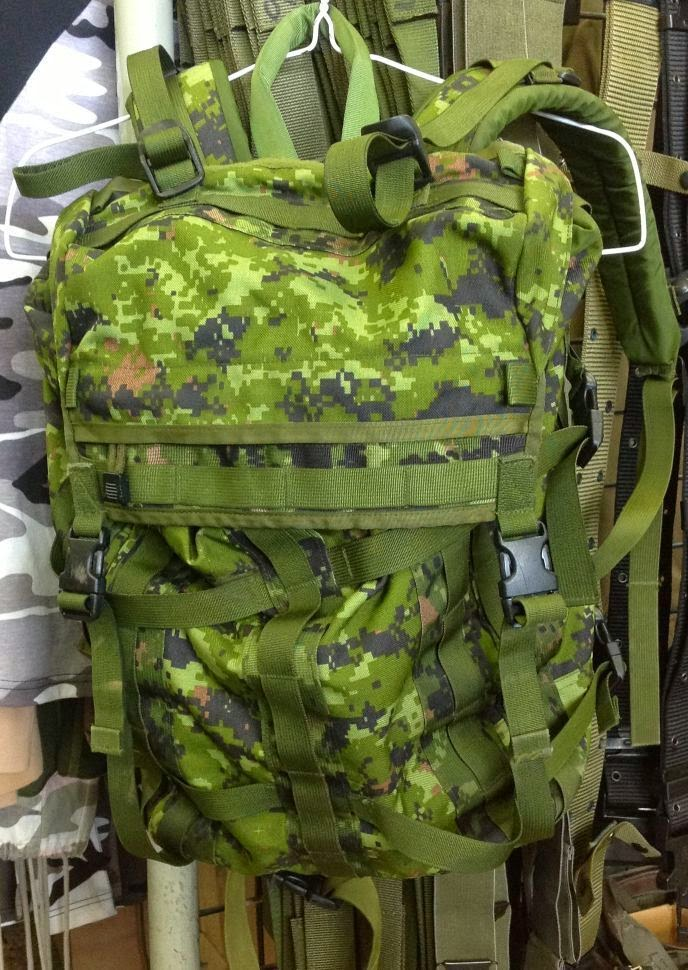 Webbingbabel Canadian Forces Cadpat Small Pack System