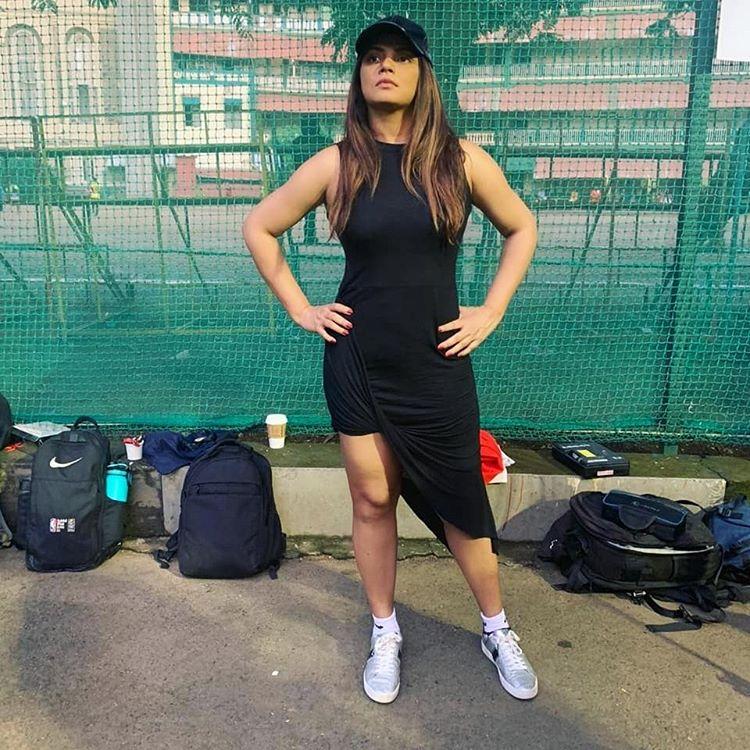 Sports Teams Support Neetu Chandra photos