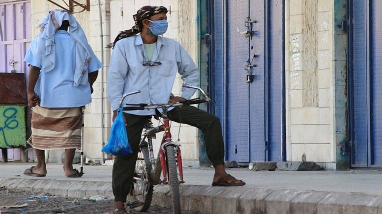 حكومة-هادي-تعلن-عدن-مدينة-موبوءة-بسبب-كورونا-وأمراض-أخرى