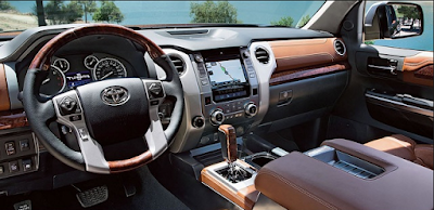 New Toyota Land Cruiser 2016 dashbord Hd Images