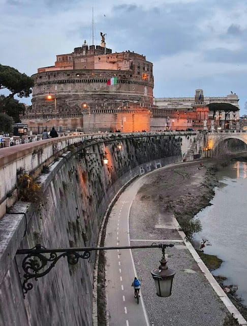 Why you should travel to Rome?