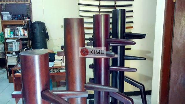 Perbandingan Ukuran KIMU Wooden dummy / mok yan jong / boneka kayu Wing Chun