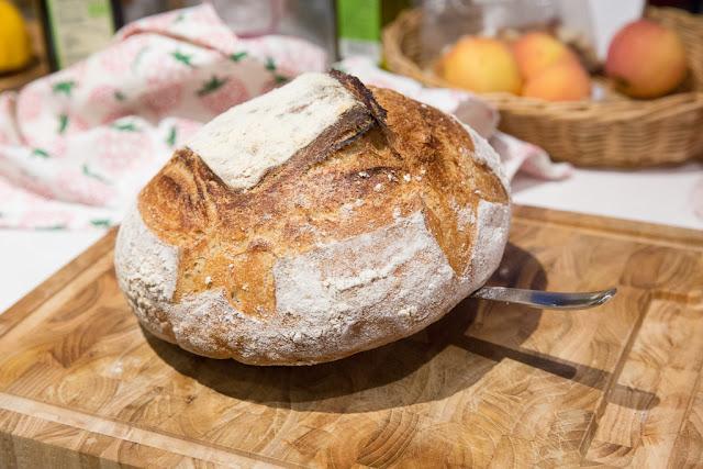 leivän voi jäähdyttää myös haarukan avulla