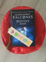 """Dziedzice ziemi"" Ildefonso Falcones, fot. paratexterka ©"