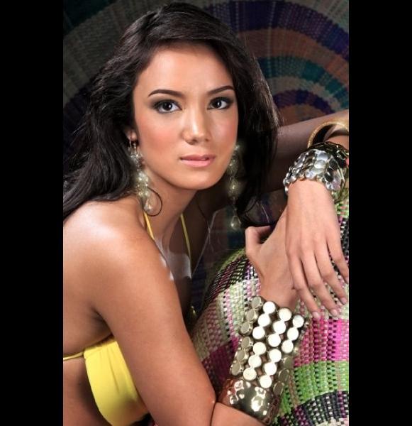 Renee McHugh Filipino fashion model and a Beauty queen