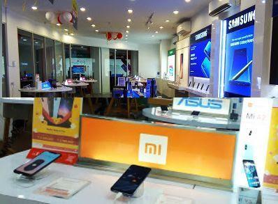 toko aksesories dan servis handphone kota Surakarta
