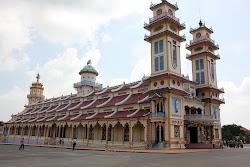 Cao Dai Temple a Tay Ninh
