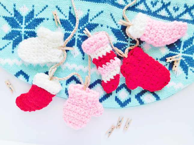 Winter Sock and Mitten Garland
