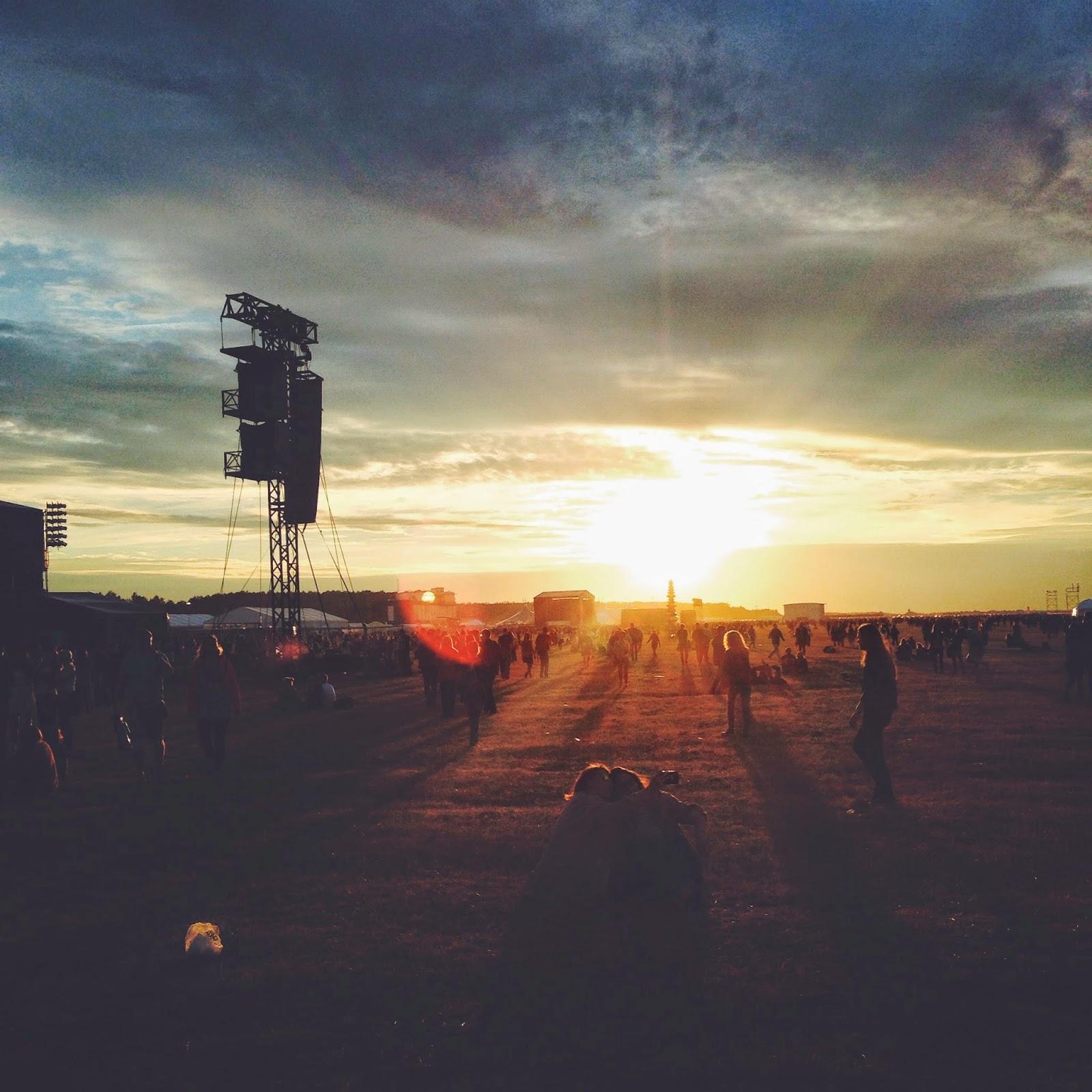 Opener festival sunset